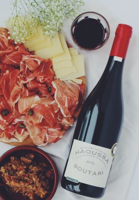 red wine, cured meat, cheese are foods to avoid with histamine intolerance