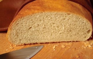 piece of bread to demonstrate gluten effects